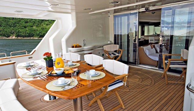 Hiatus Charter Yacht - 4