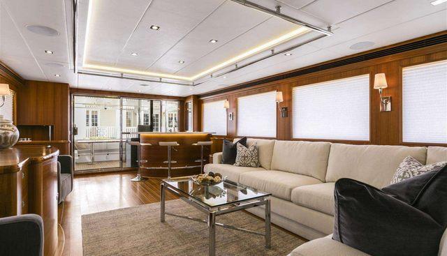 Simon Says Charter Yacht - 3