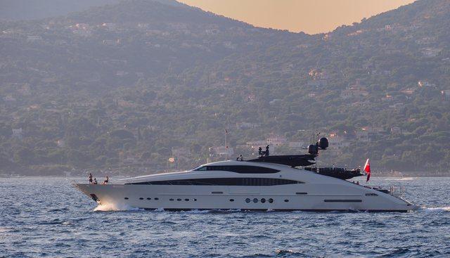 Clifford II Charter Yacht - 2