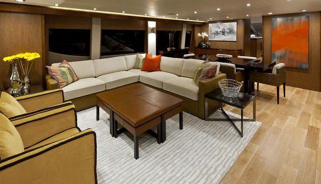 Hatteras 80 Charter Yacht - 5