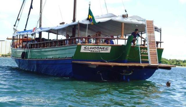 Schooner Resort Charter Yacht - 3