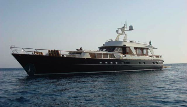 C5 Charter Yacht