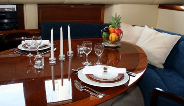 Moonlight II of London Charter Yacht - 8