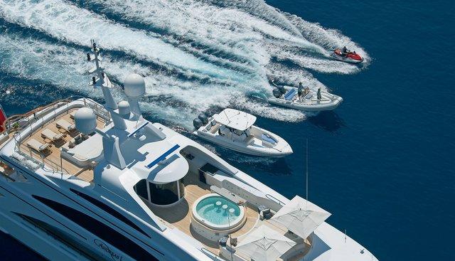 Mimi Charter Yacht - 7