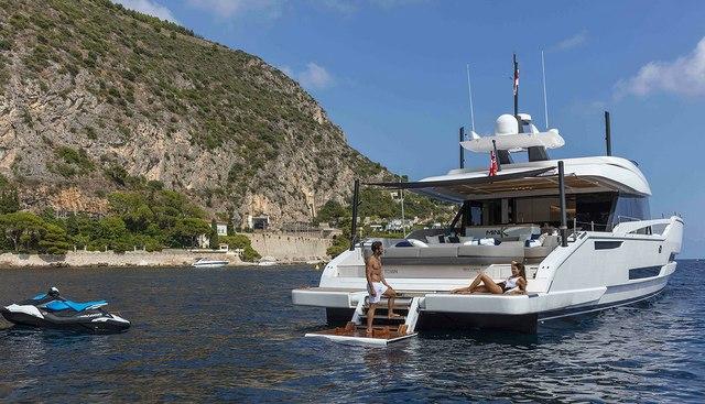 Mini K Charter Yacht - 5