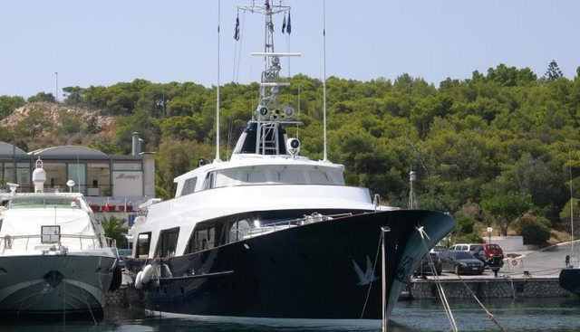Boo Kee Charter Yacht - 2