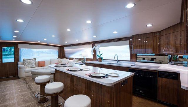Vera D Charter Yacht - 6