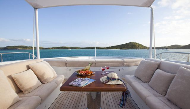 Blind Date Charter Yacht - 4
