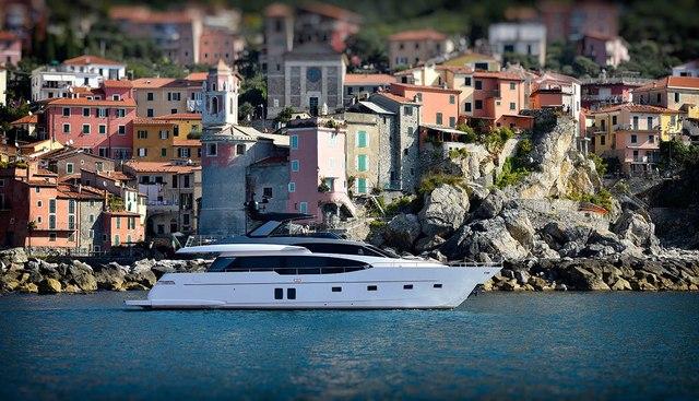 EM3 Charter Yacht - 2