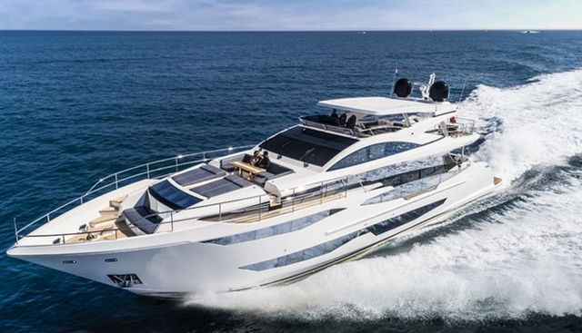 Pearl 95/ 03 Charter Yacht - 7