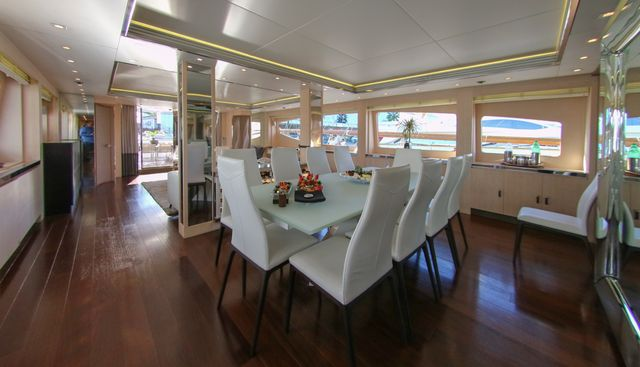 White Knight Charter Yacht - 5