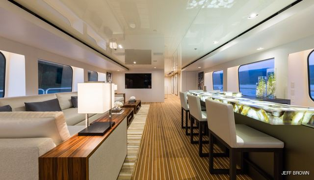 Chasseur Charter Yacht - 8