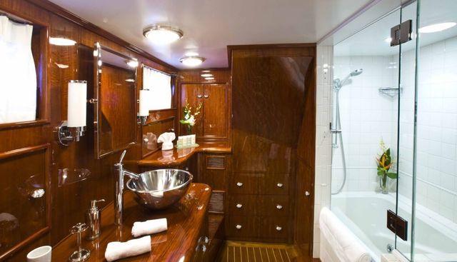 The Highlander Charter Yacht - 5