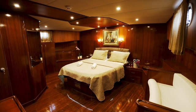 Ilknur Sultan Charter Yacht - 7