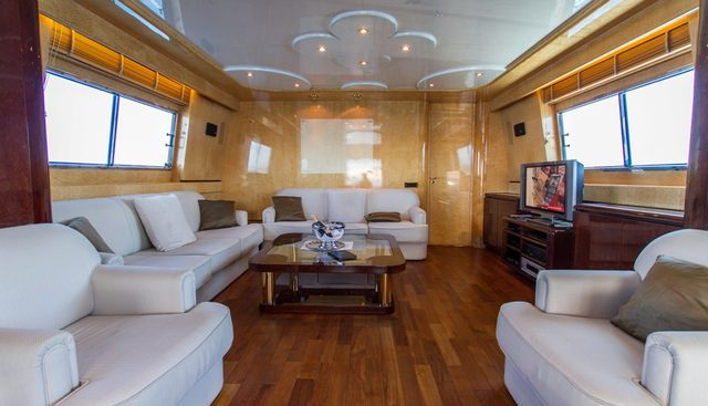 Miss Candy Charter Yacht - 7
