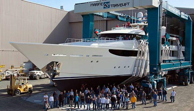 Valinor Charter Yacht