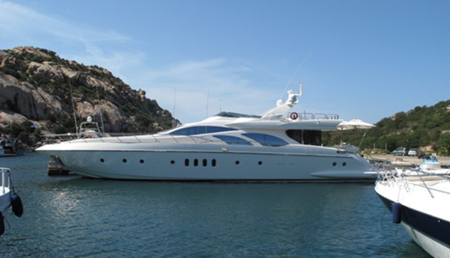 Azimut 98 Leonardo Evolution Charter Yacht