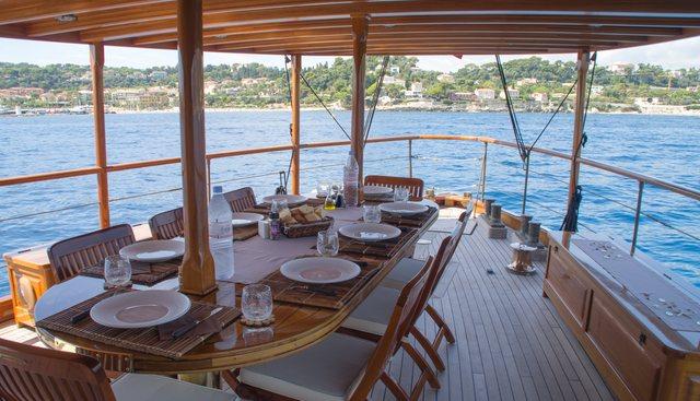 Over The Rainbow Charter Yacht - 4