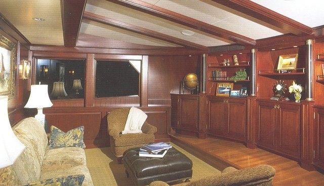 Marlinda Charter Yacht