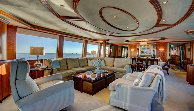 Lady Gray Charter Yacht - 8