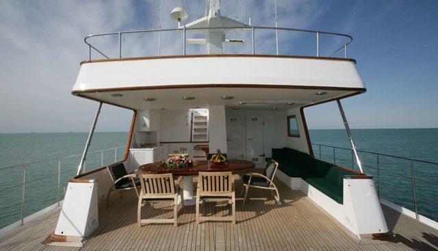 South Paw C Charter Yacht - 2