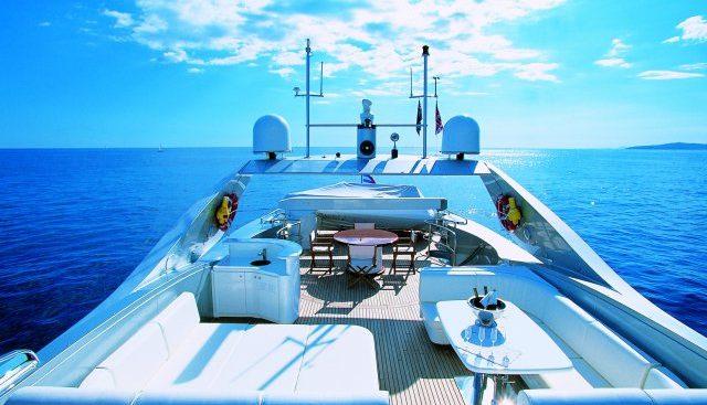 Technema 105 Charter Yacht - 3