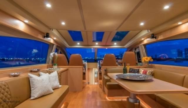Divas Del Mar Charter Yacht - 2