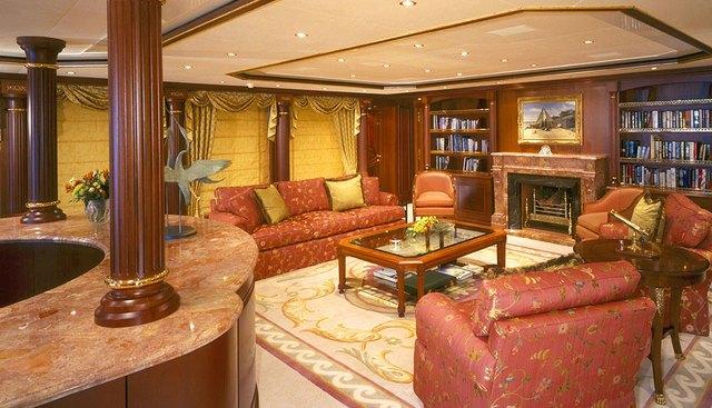 Queen Mavia Charter Yacht - 4