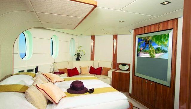 Sea Breeze One Charter Yacht - 4