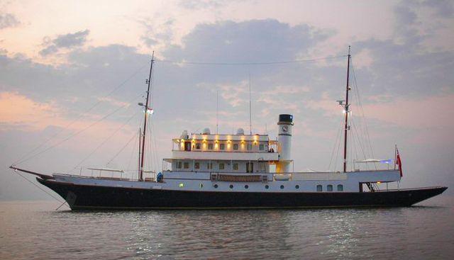 Kalizma Charter Yacht