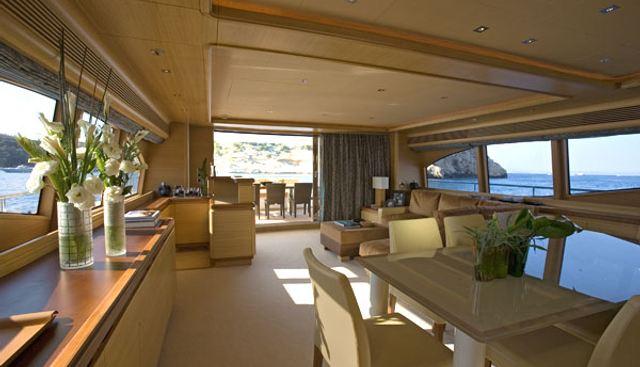 Inspiration B Charter Yacht - 4
