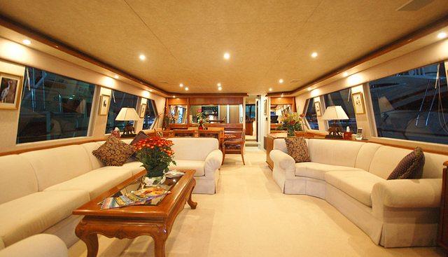 Dividend Charter Yacht - 5