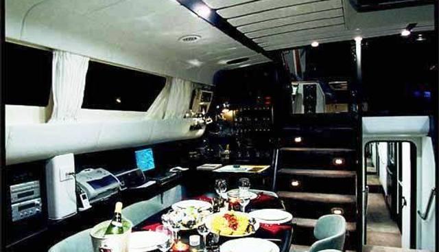 Demoiselles Charter Yacht - 4
