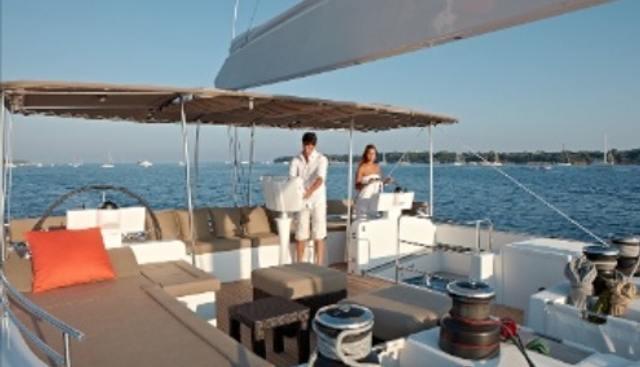 Firefly Charter Yacht - 4