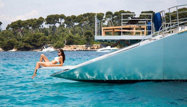 Huitane Charter Yacht - 2