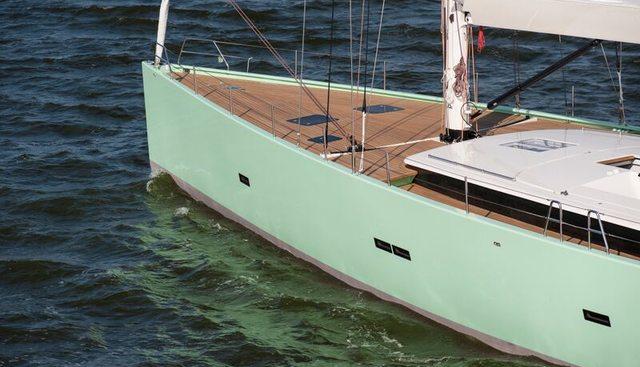 Cool Breeze Charter Yacht - 5