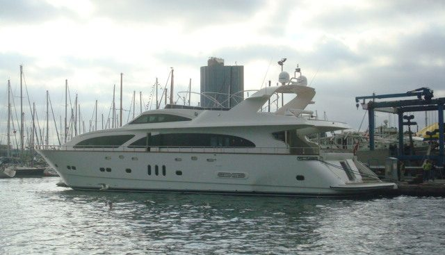 Miss Behaviour Charter Yacht - 2