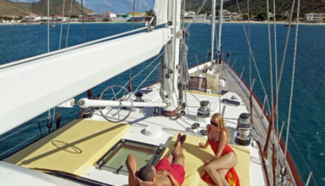 C'est La Vie Charter Yacht - 3