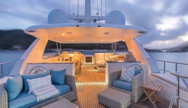 Pura Vida Charter Yacht - 3