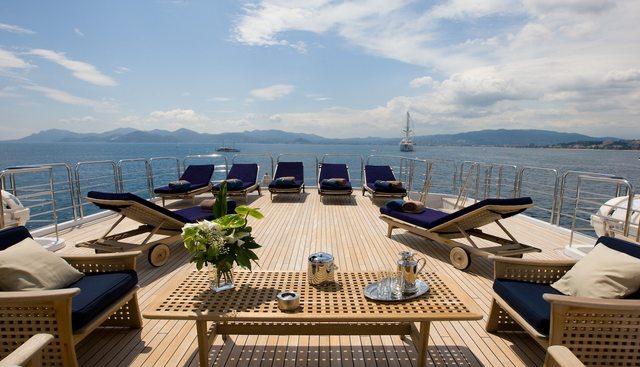 Lou Spirit Charter Yacht - 4