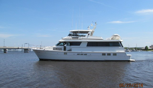 LaBelle Charter Yacht