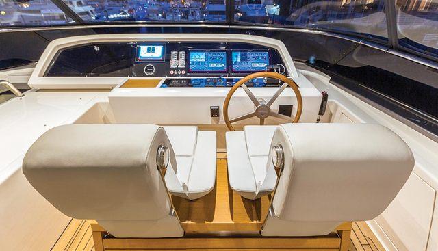 Seasun Charter Yacht - 3