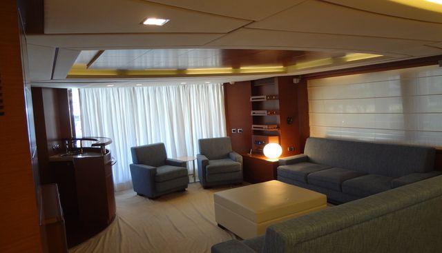 La Rubia Charter Yacht - 5