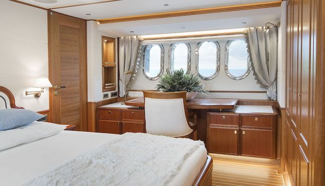 Valencia Charter Yacht - 4