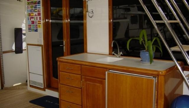 Dozer II Charter Yacht - 5
