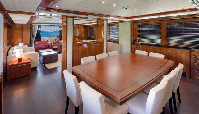 Piccolo Charter Yacht - 6