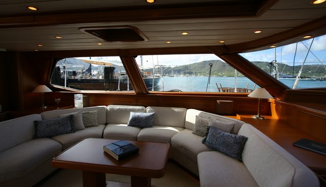 Mystery Charter Yacht - 8