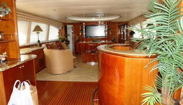 Island Seeker Charter Yacht - 5