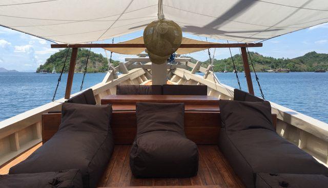 Nyaman Boat Charter Yacht - 3
