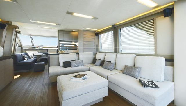 Esmeralda of London Charter Yacht - 6